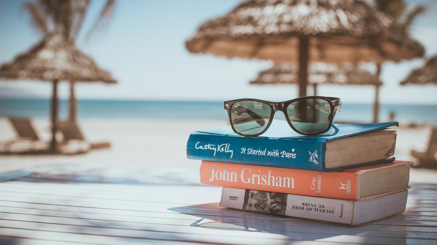 Siempre es verano con el libro en la mano.