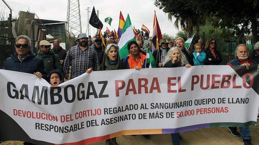 Marcha 'Gambogaz para el pueblo'.   JUAN MIGUEL BAQUERO