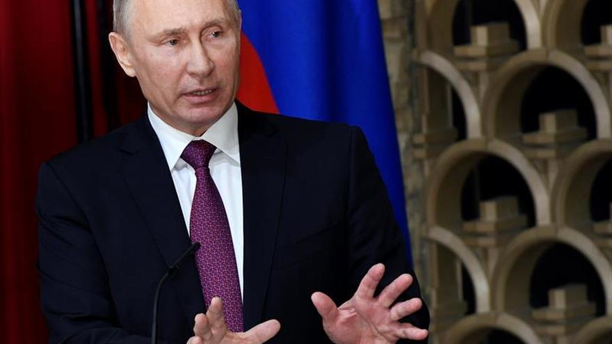 Putin ordena conmemorar la Revolución en 2017 pero teme su repetición