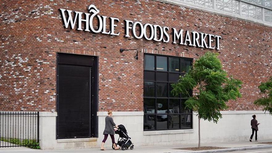 Amazon extiende su imperio comercial con la compra de la cadena Whole Foods