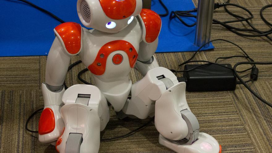 Los robots pueden hacer que las personas con autismo aprendan a socializar