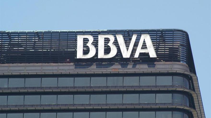 """El presidente del BBVA en Portugal niega el riesgo de """"españolización"""" de la banca"""