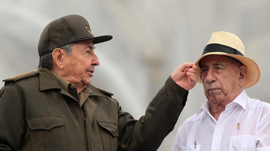 El número dos del PCC insta a la juventud cubana a prepararse para tomar el relevo