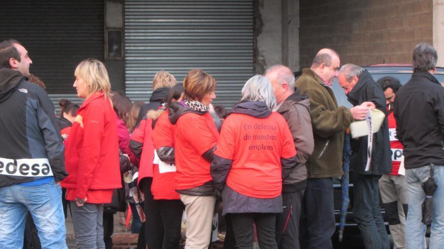 Trabajadores de Edesa se concentran para reclamar a Mondragón que dé respuesta a su plan de viabilidad