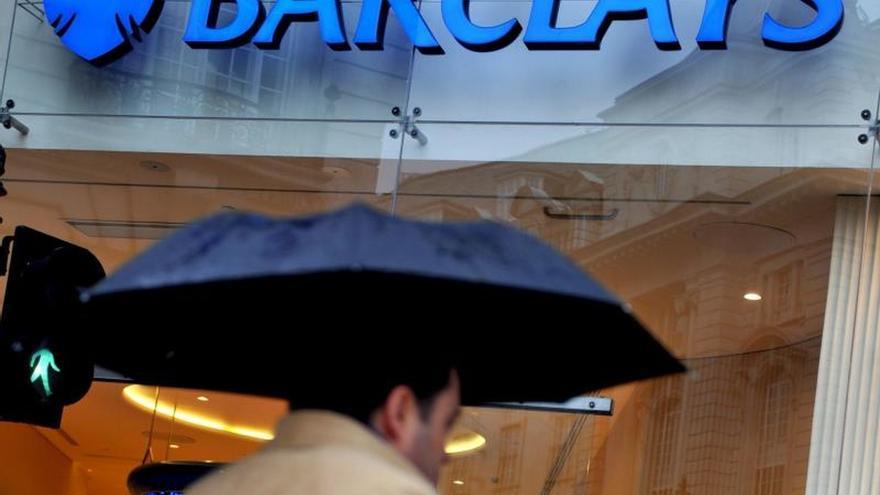 """La banca británica confía en su solvencia ante un """"brexit"""" sin acuerdo"""