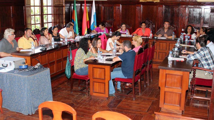 En la imagen, pleno del Ayuntamiento de Los Llanos de Aridane.
