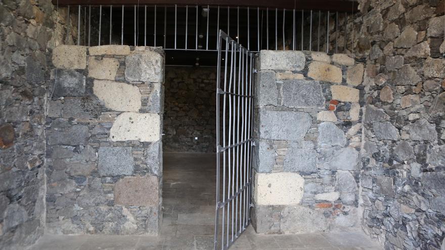 Calabozo donde detenían a víctimas del franquismo en Tamaraceite. (Alejandro Ramos)