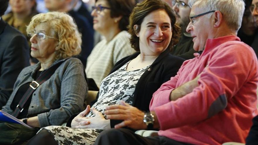 Manuela Carmena, alcaldesa de Madrid, Ada Colau, alcaldesa de Barcelona, y Joan Ribó, alcalde de Valencia.