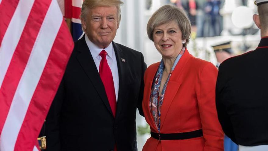 May y Trump acuerdan presionar a Rusia por el conflicto en Siria