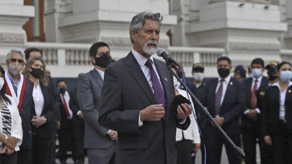 El presidente de Perú, Francisco Sagasti, celebró la reforma.