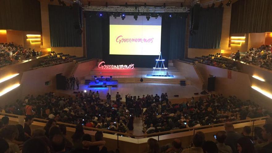 El Auditori de Barcelona se queda pequeño para arropar el acto central de la CUP