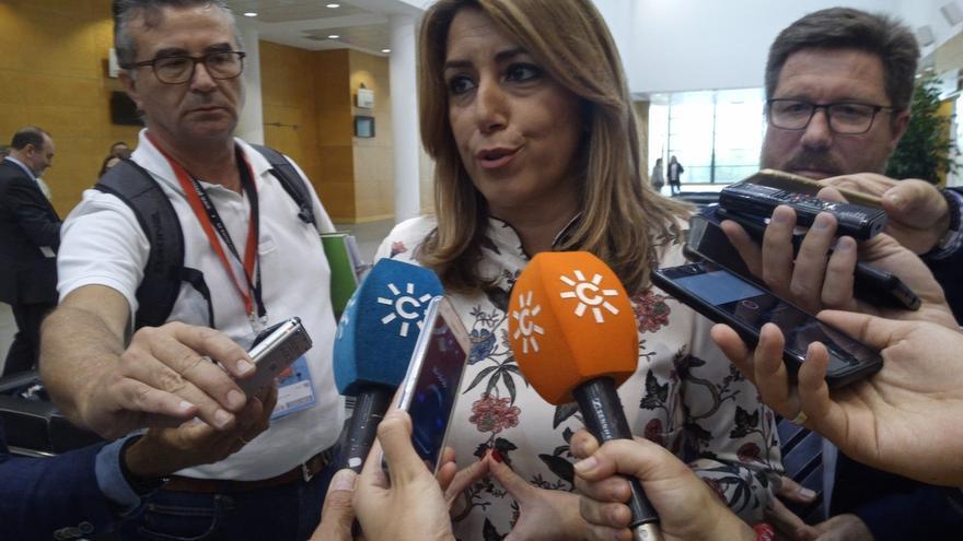 """Susana Díaz reafirma su apoyo al Estado de derecho mientras en Cataluña """"parece que se camina hacia el precipicio"""""""