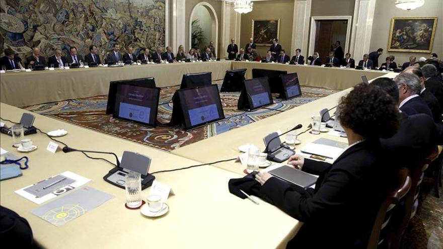 Instituto Elcano presenta al Rey su informe sobre la presencia global de España
