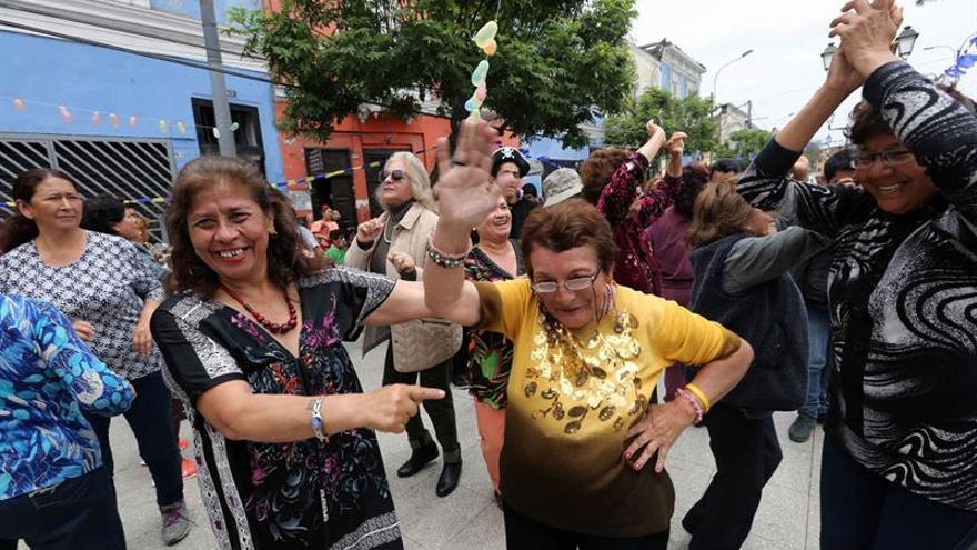 La canción criolla sobrevive en medio de la arremetida del Halloween en Perú
