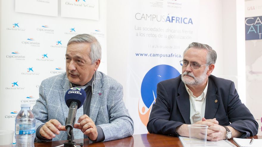 Basilio Valladares y José Gómez Soliño, codirectores de CampusÁFRICA, este lunes en rueda de prensa