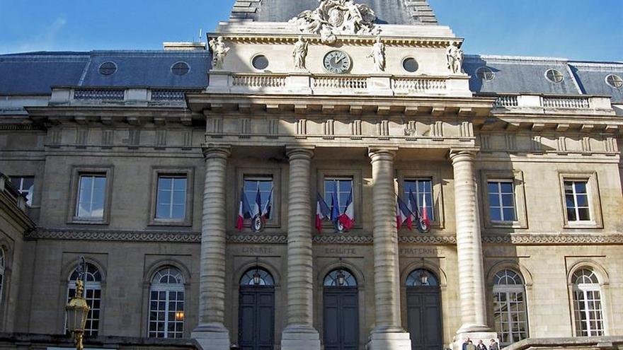 Dos Ministerios franceses multados por no contratar a suficientes mujeres