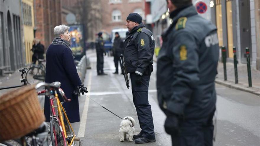 Autoridades danesas desconocen los motivos del autor de los tiroteos en Copenhague
