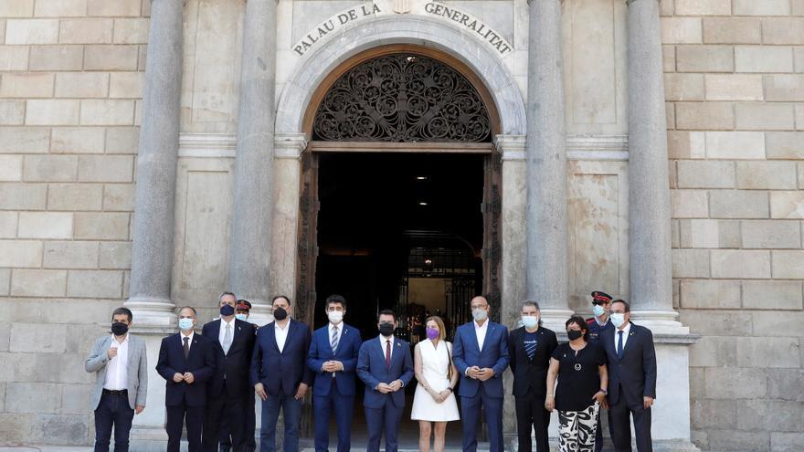 """Aragonès recibe a los presos: """"Seguimos empeñados en lograr la independencia"""""""