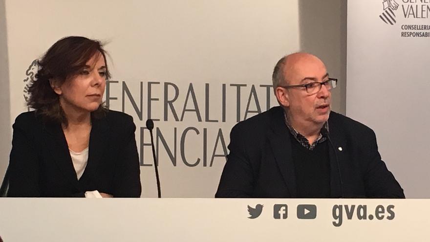Esther Arizmendi y Manuel Alcaraz, en Valencia.