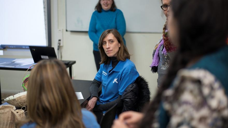 Voluntarios de La Caixa en Sevilla imparten talleres de Educación Financiera a más de 80 estudiantes