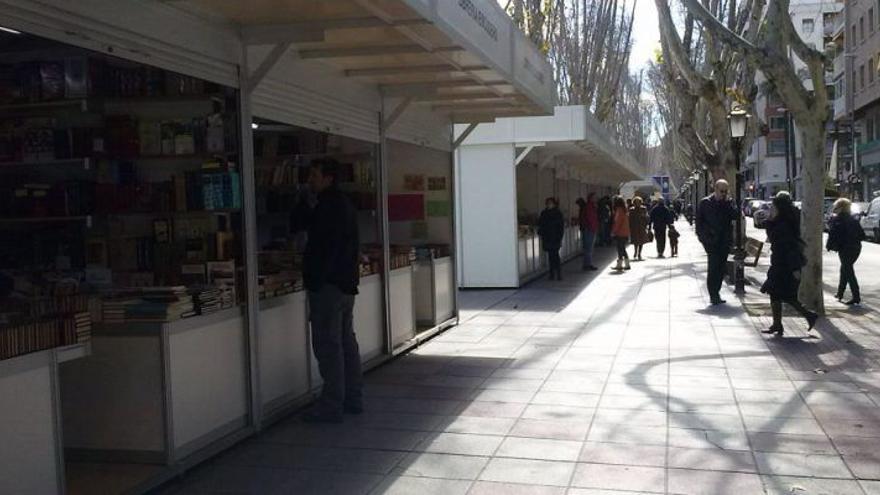 Vuelve la Feria del Libro a Murcia ocho años después con destacadas ...