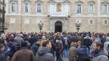 El Govern aprueba la regulación de los VTC y los conductores de Uber y Cabify abandonan la protesta en Diagonal