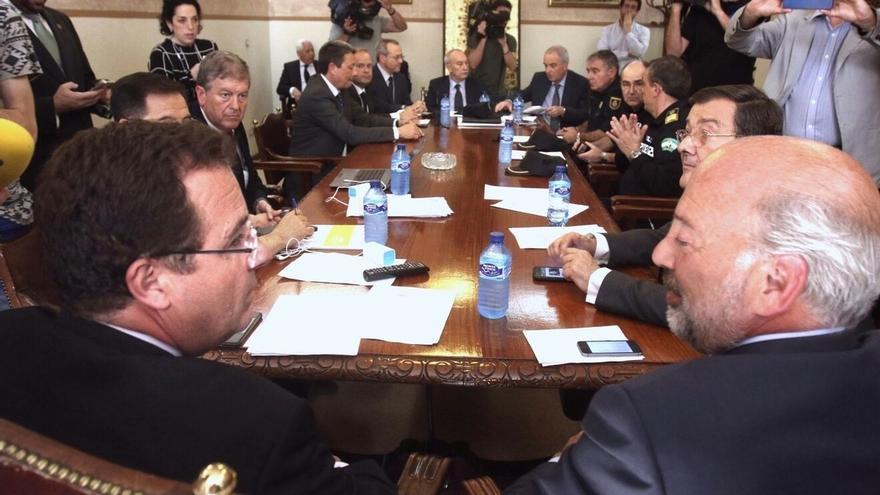 Mejora el herido grave de la Madrugá y a disposición judicial los detenidos
