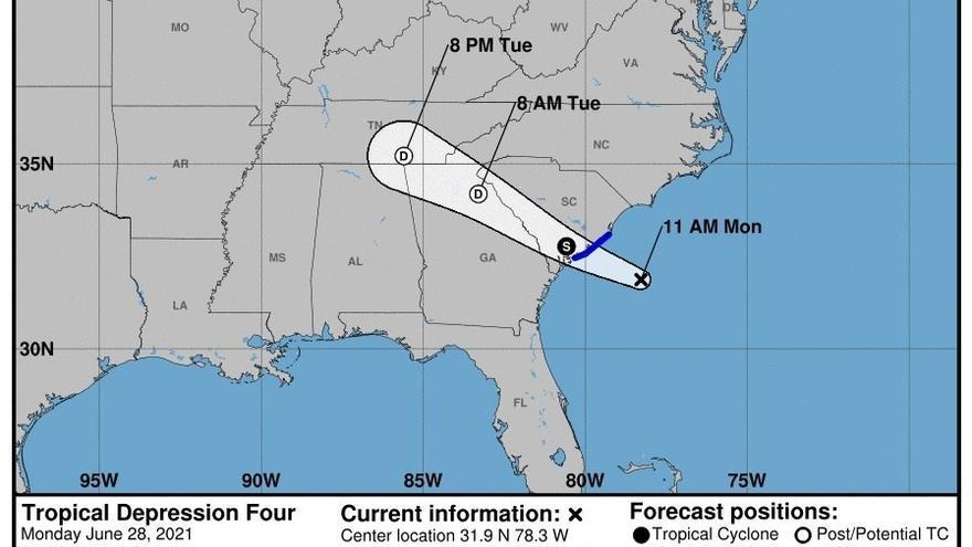 La tormenta tropical Danny toca tierra en la costa de Carolina del Sur, en EE.UU.