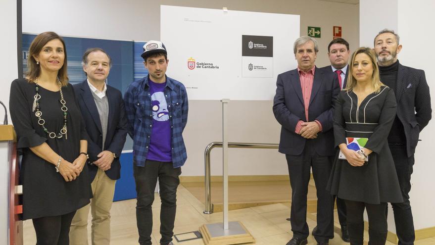 Presentación del nuevo logotipo del Gobierno de Cantabria. | MIGUEL LÓPEZ