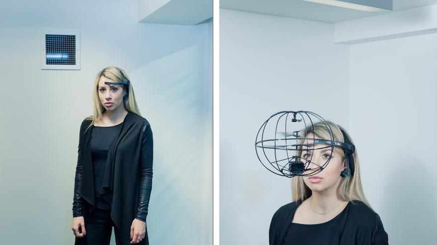 Tiana Sinclair, fundadora de una 'startup' dedicada a la organización de eventos innovadores, controla un dron con la mente