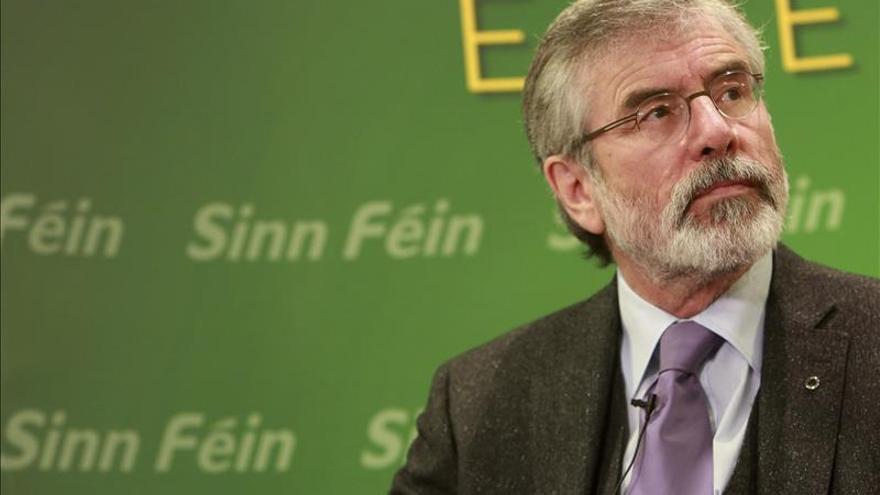 Gerry Adams dice que ha recibido amenaza de muerte