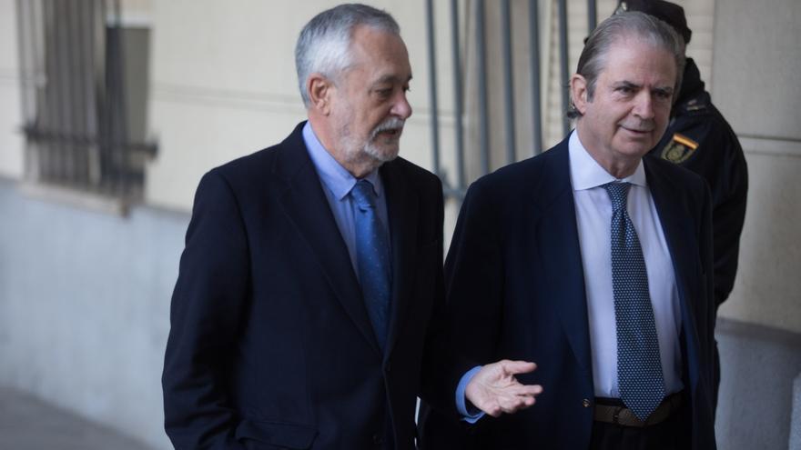 """Defensa de Griñán insinúa que exinterventor """"buscó"""" una posición """"más benevolente"""" a costa de otro inculpado"""