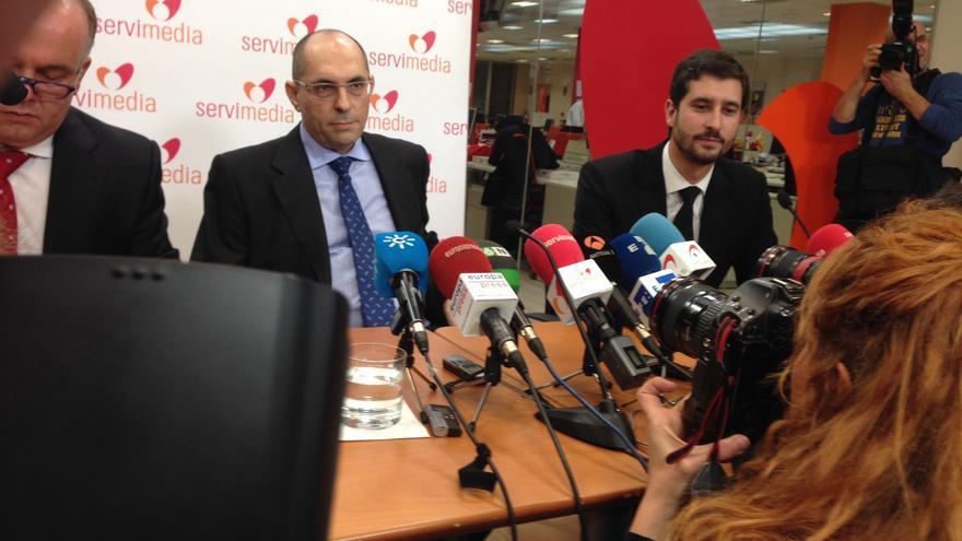El juez Elpidio Silva, en la rueda de prensa.