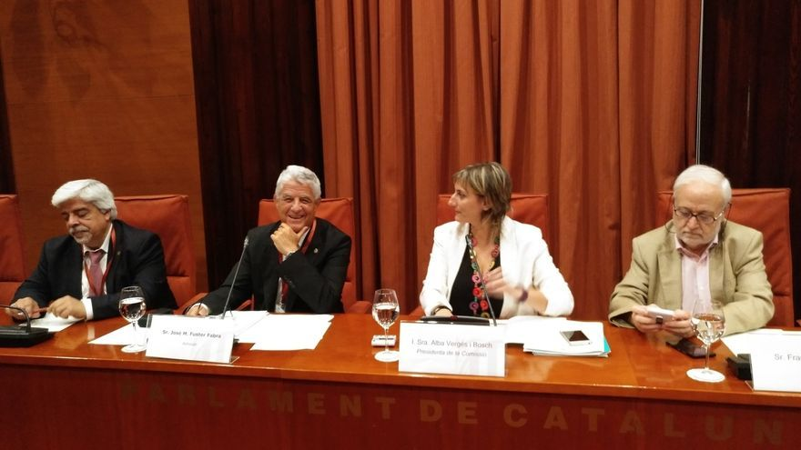 El Parlament cita este martes a Rajoy y Santamaría por la 'Operación Catalunya'