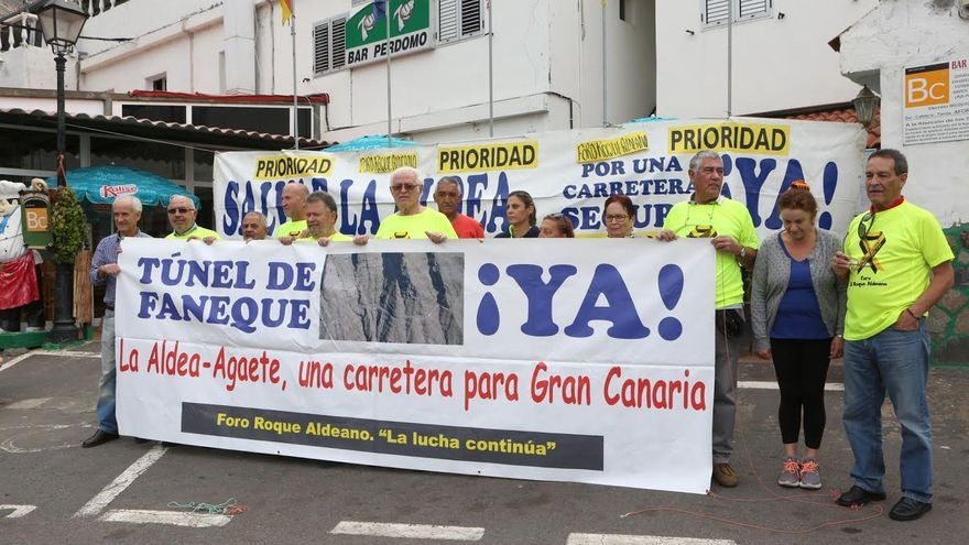 Protesta del Foro Roque Aldeano. (ALEJANDRO RAMOS)