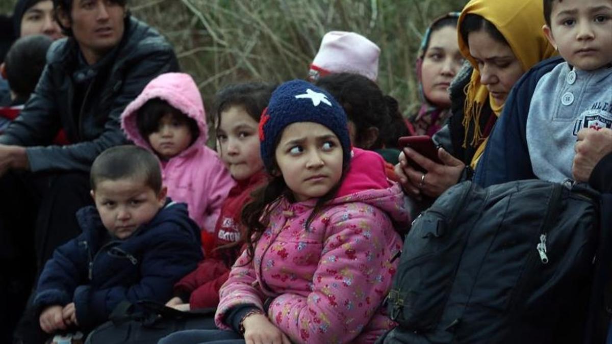 Refugiados en la frontera de Turquía con Grecia. EFE