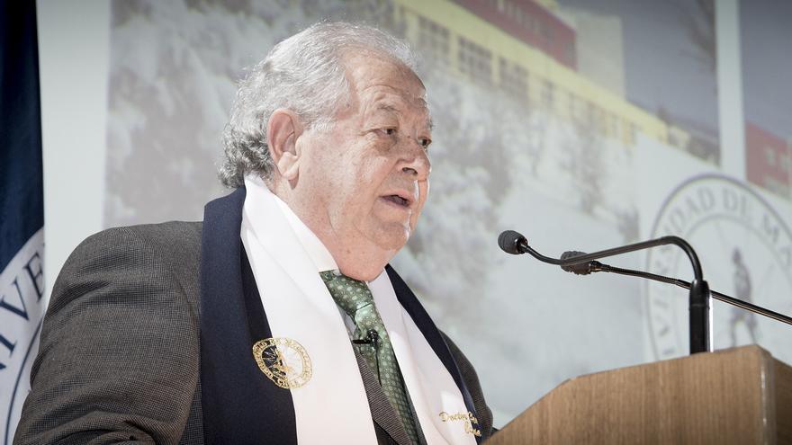 José Darias durante su investidura como Doctor Honoris Causa | Foto: Universidad de Magallanes