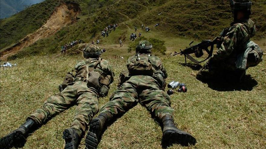Combates en Colombia dejan seis guerrilleros muertos y tres soldados heridos