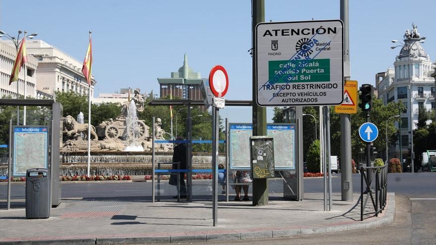 Señal vertical de Madrid Central en Plaza de Cibeles | AYUNTAMIENTO DE MADRID