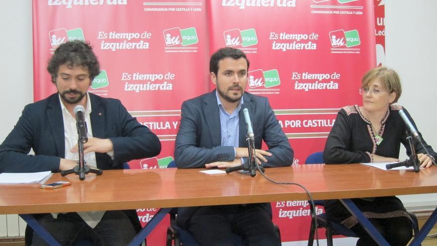 """Alberto Garzón: """"El PP no es un partido al uso, es una trama de corrupción que se presenta a las elecciones"""""""