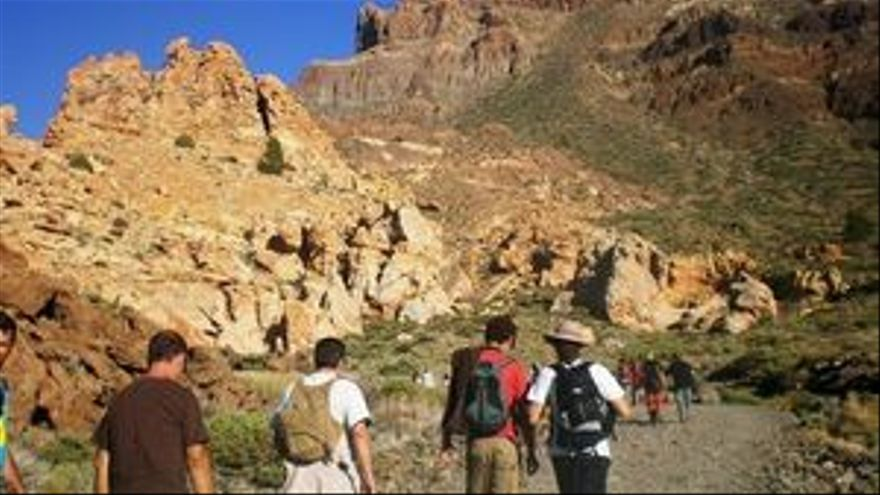 Proponen que se pague por subir al pico del Teide