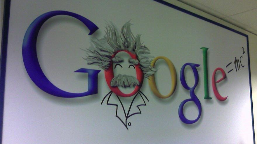 """Protección de Datos multa a Google con 900.000 euros por """"vulnerar gravemente"""" la privacidad de sus usuarios"""