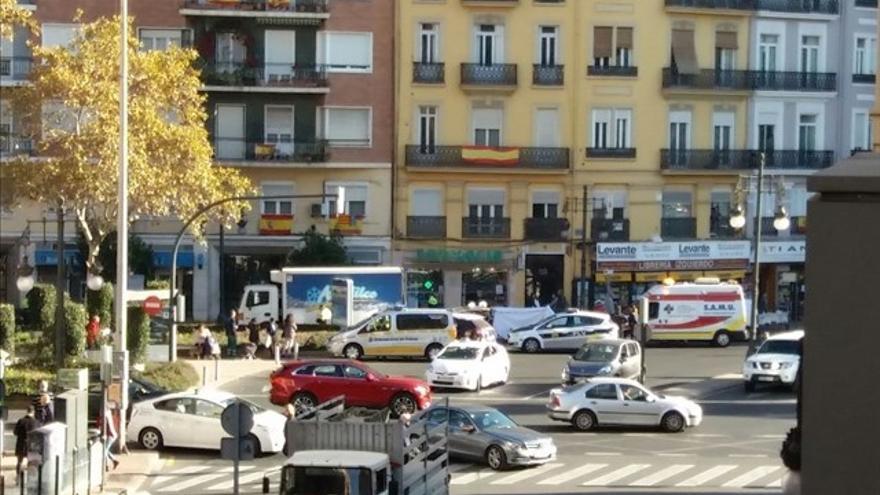 Las ambulancias y la policía en el momento del accidente