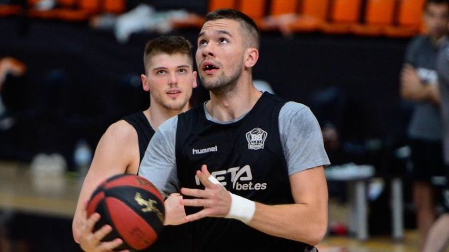 Emir Sulejmanovic, nuevo jugador del Iberostar Tenerife