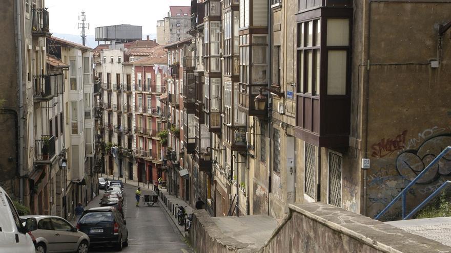 PSOE pide mejorar la limpieza viaria y la recogida de basura en el Río de la Pila