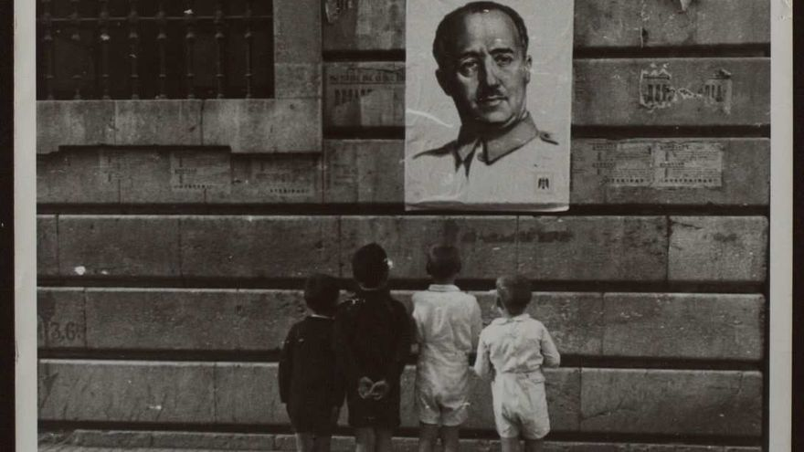The Government intends to fill the educational holes on the dictatorship and the anti-Franco struggle