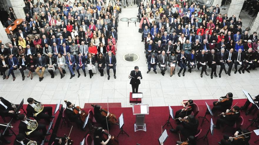 """Gómez aboga por """"adaptar"""" la Constitución a la nueva sociedad con """"consenso y sentido de Estado"""""""