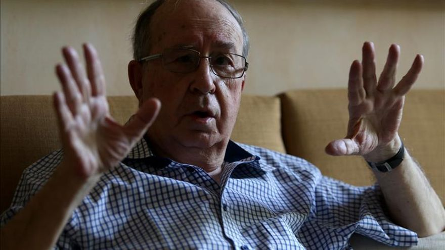 Ciespal entrega en Quito máxima distinción a español Jesús Martín Barbero