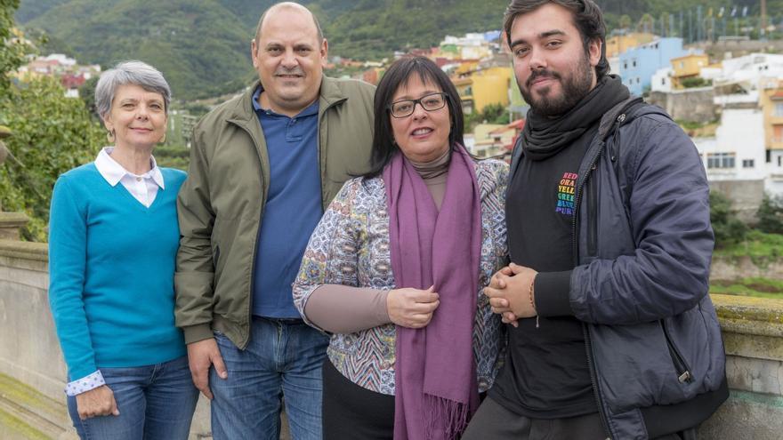 Cuatro integrantes del Consejo de Coordinación de Podemos-Los Realejos, con Norma Vaira, Teo Morales, Leonor Borges y Sergio Siverio