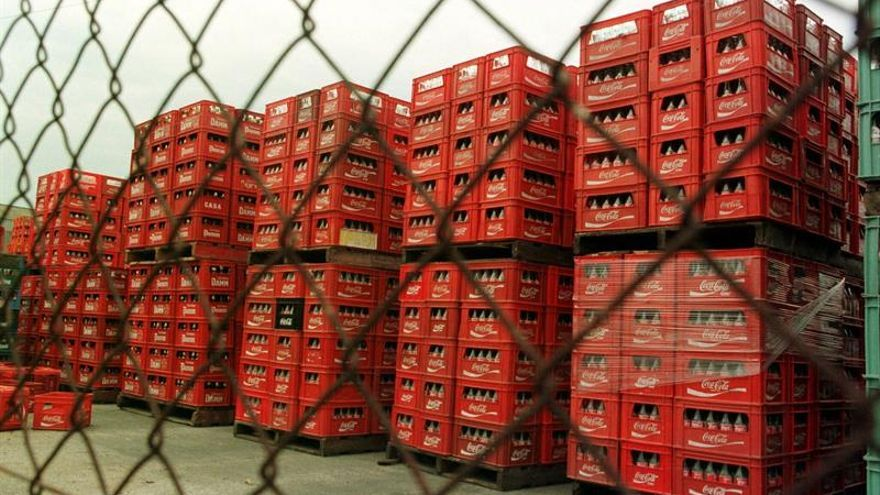 Coca-Cola paraliza la producción en Venezuela por falta de azúcar